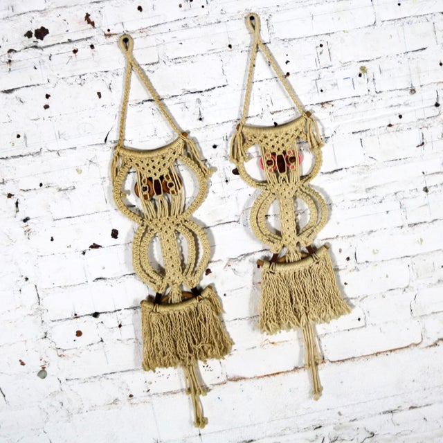 Macramé Owl Wall Hanging or Towel Ring Vintage For Sale - Image 9 of 12
