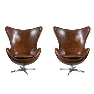 One Pair of Arne Jacobsen Style Egg Chairs For Sale