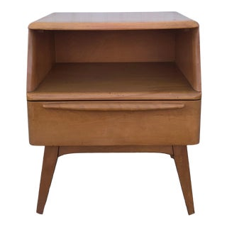 Mid Century Modern Single Drawer Nightstand by Heywood Wakefield For Sale