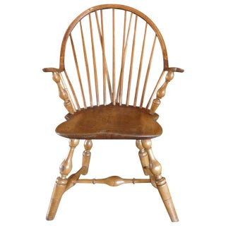 18th Century American Windsor Continuous Arm Chair For Sale