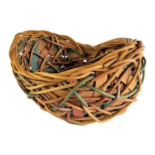 Artisan Random Weave Willow Reed Pastel Southwest Moses Throw Basket For Sale