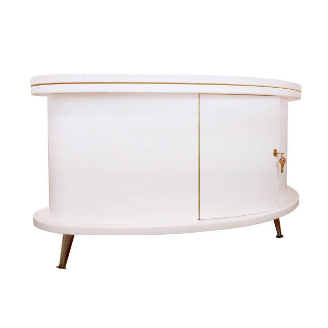 Rare Mid-Century Modern Coffee Table With Collapsi - Image 6 of 9