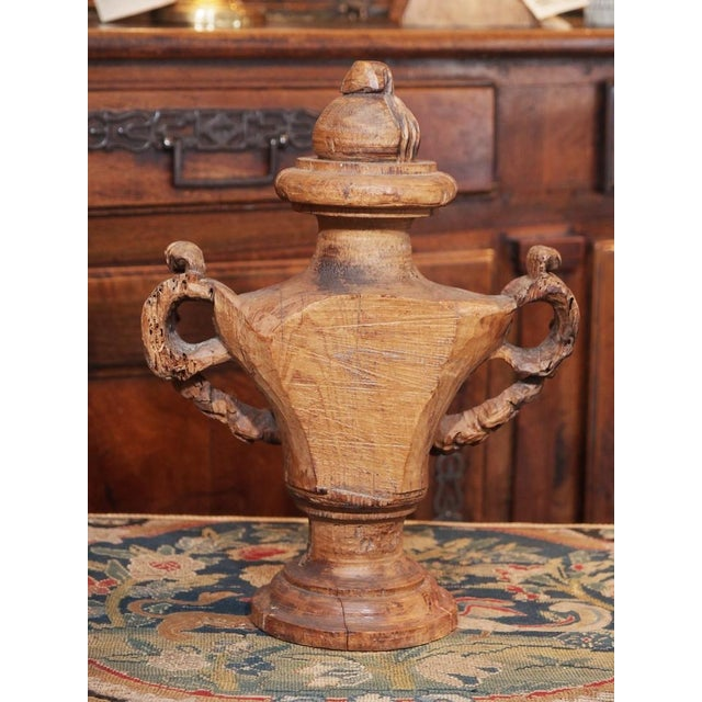 18th Century Italian Carved Decorative Wood Urns - Pair For Sale - Image 4 of 8