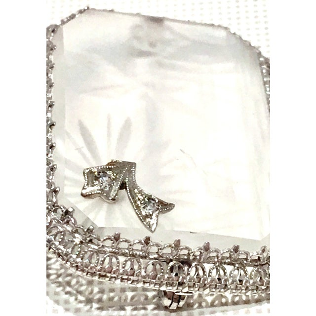 Early 20th Century Antique Platinum Etched Crystal & Diamond Brooch For Sale - Image 5 of 9