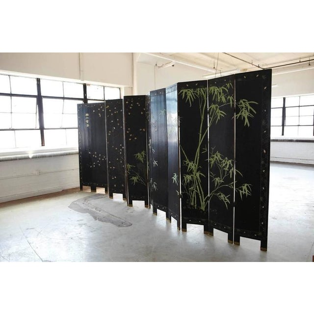 Early 20th Century Chinese 12-Panel Double Sided Gold Black Lacquered Coromandel Screen For Sale - Image 5 of 10