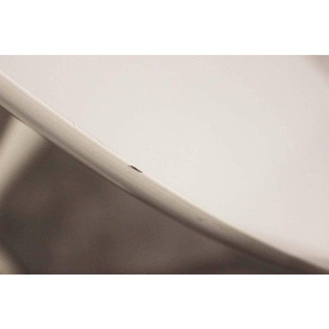 Mid-Century Modern Saarinen-Style Tulip Side Table - Image 4 of 8