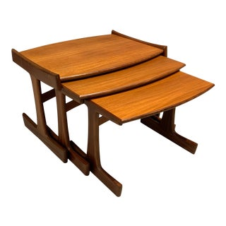1960s Victor Wilkins Quadrille Teak Nesting Tables for G-Plan - Set of 3 For Sale