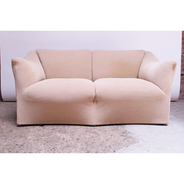Mid-Century Modern 1970s Tentazione Loveseat Two-Seat Sofa by Mario Bellini for Cassina For Sale - Image 3 of 13