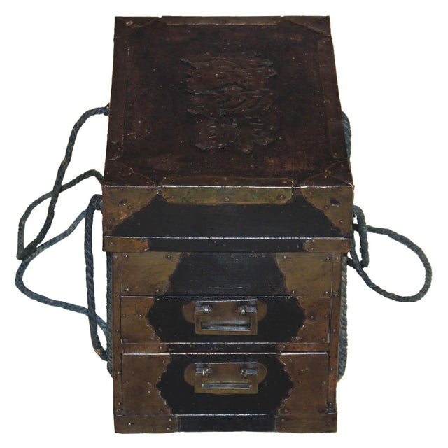 19th Century Japanese Medicine Boxes - a Pair For Sale - Image 10 of 12
