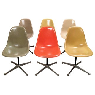 Vintage Mid Century Charles Eames for Herman Miller Fiberglass Shell Chairs- Set of 6 For Sale