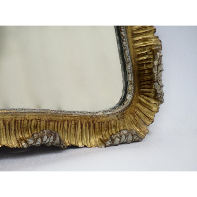 Vintage C.1963 Hollywood Regency, Italian Venetian Carved Gilt Gold & Silver Scalloped Mirror For Sale - Image 9 of 13