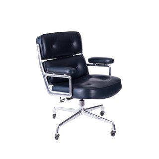 Eames for Herman Miller Executive Office Chair For Sale