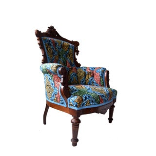 19th Century Victorian Carved Walnut and Button Upholstered Armchair Preview