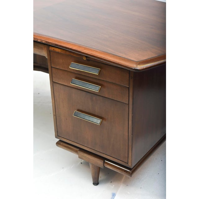 Fine American Modern Dark Walnut Executive Desk, Custom Made by Monteverdi Young For Sale In Miami - Image 6 of 10