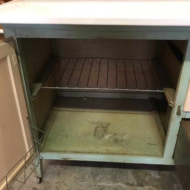 Early American Hoosier Style Kitchen Cabinet For Sale - Image 4 of 11