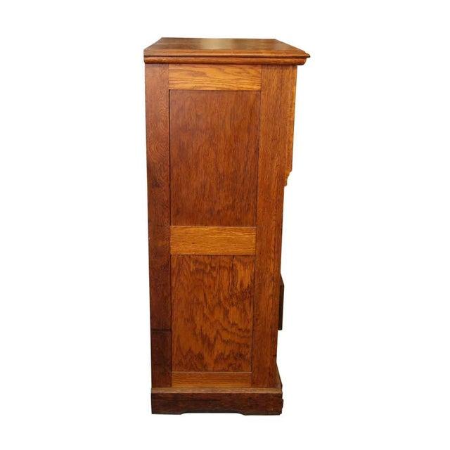 Carved Embellishment Oak Dresser - Image 9 of 10