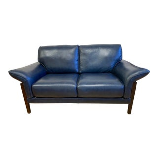 9th Designer Clearance Blue Leather Loveseat For Sale