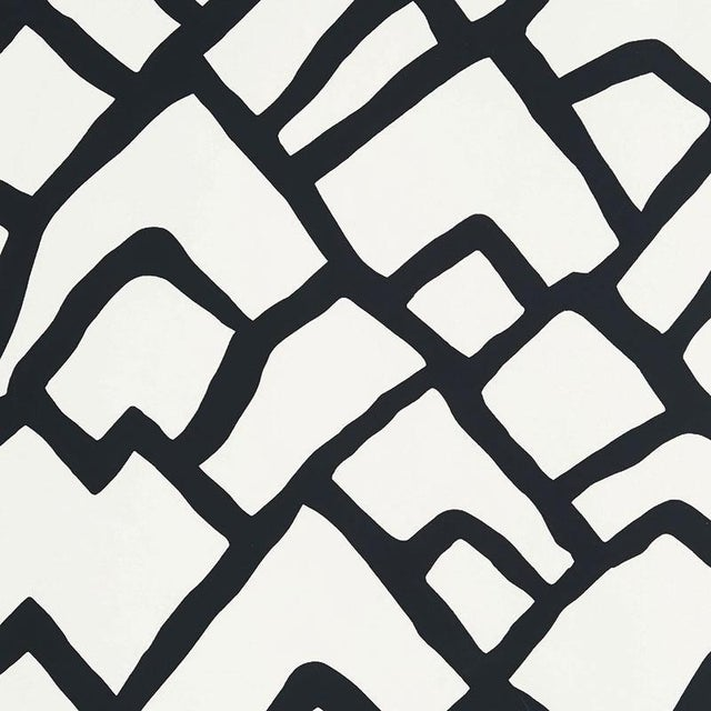 Contemporary Schumacher Zimba Stripe Geometric Wallpaper in Black - 2-Roll Set (10 Yards) For Sale - Image 3 of 3