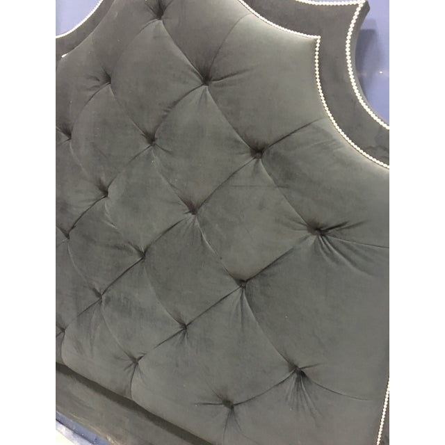 Textile Hickory White Black/Charcoal Fabric Upholstered Bethesda Arched King Bedframe For Sale - Image 7 of 9