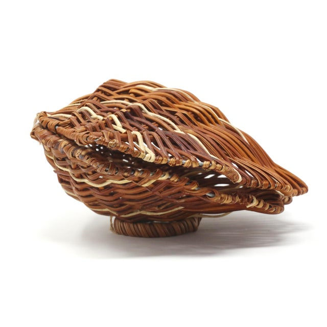 1980s Vintage Wicker Scallop Shell Box For Sale - Image 5 of 11