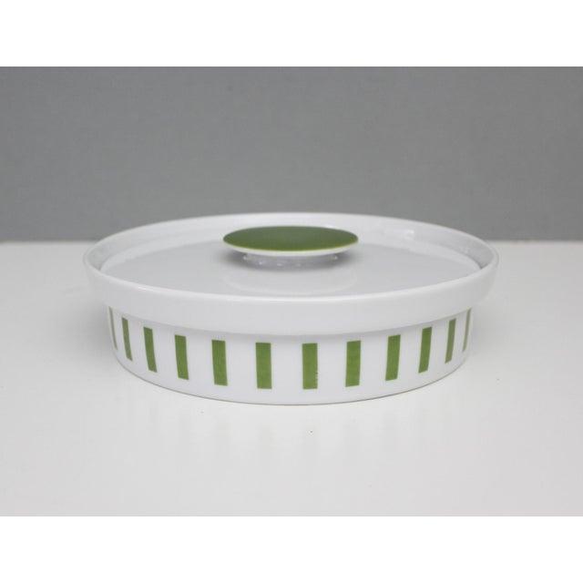 Ceramic Lagardo Tackett Schmid Small Casserole Dish Porcelain Mid Century Modern Green White For Sale - Image 7 of 7