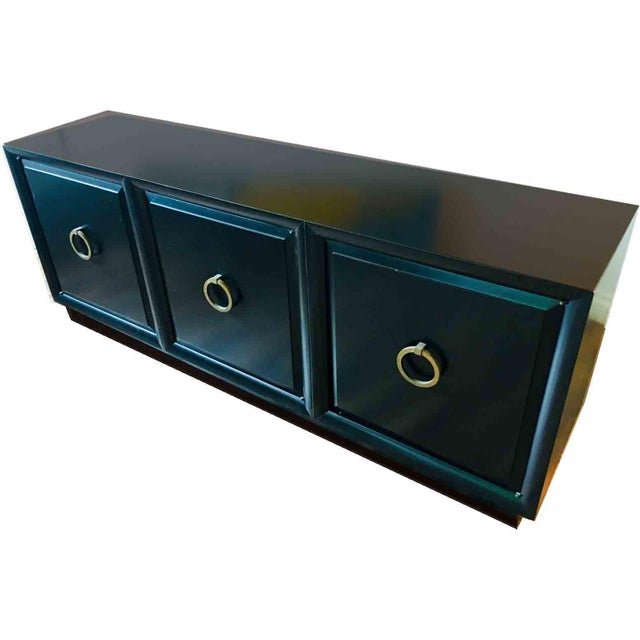 1950s Mid-Century Modern t.h. Robsjohn-Gibbings for Widdicomb Low Sideboard For Sale In Chicago - Image 6 of 6