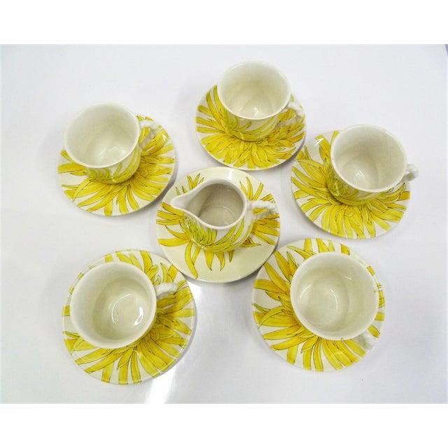 Ernestine Modern Ernestine Ceramics, Salerno, Italy 1960s, 5 Cups Saucers Plus Creamer Chrysantemum Pattern - Set of 12 For Sale - Image 4 of 12