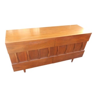 Mid-Century Modern American of Martinsville Walnut Lowboy Triple Credenza For Sale