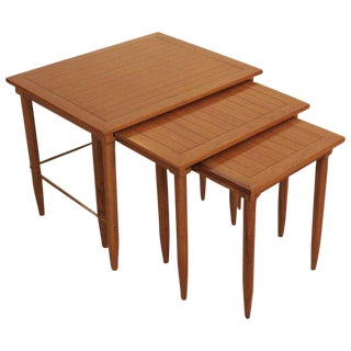 1960s Mid-Century Modern Oak and Brass Nesting Tables - Set of 3 For Sale