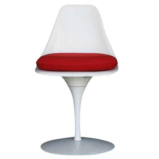 Burke Saarinen Style Tulip Chair, Circa 1965 For Sale