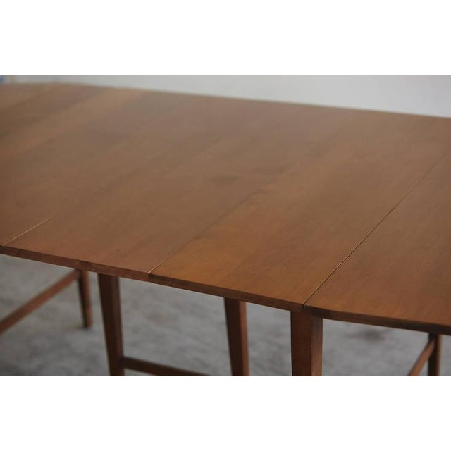 Brown Extendable Drop-Leaf Maple Dining Table by Paul McCobb for Planner Group For Sale - Image 8 of 10