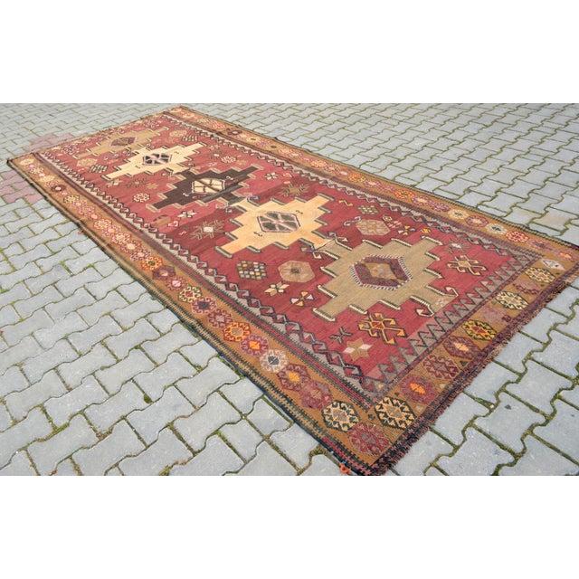 Vintage Turkish Kilim Area Rug 5 5 215 12 Chairish