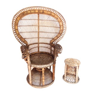 Peacock Fan Chair and Side Table Set For Sale