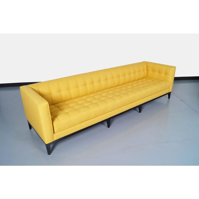 "Contemporary Elegant Tufted ""Vista"" Sofa by Cruz Design Studio For Sale - Image 3 of 10"