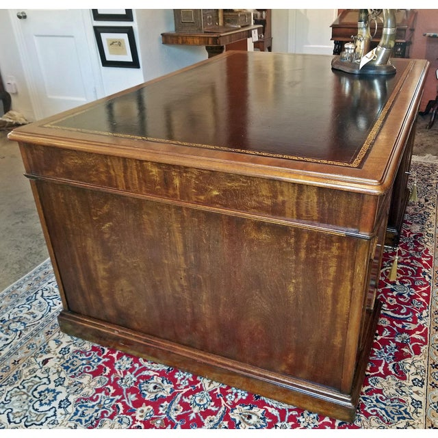 Early 19th Century William IV Mahogany Partners Desk For Sale - Image 12 of 13