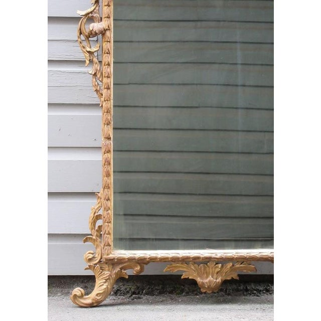 18th Century Italian Venetian Rococo Giltwood Mirror with Chinoiserie Details For Sale - Image 5 of 7