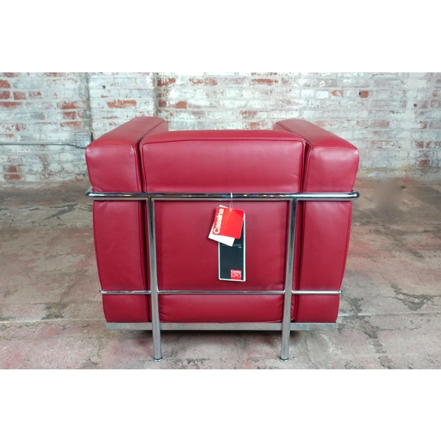 Silver Le Corbusier Lc2 Red Leather Poltrona Armchairs by Cassina - A Pair For Sale - Image 8 of 13