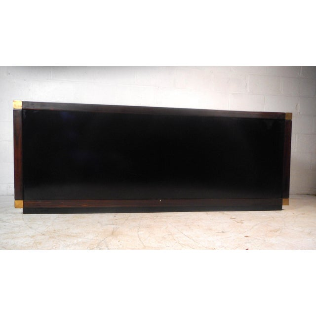 Impressive Midcentury Chic Sideboard by Frigerio For Sale In New York - Image 6 of 9