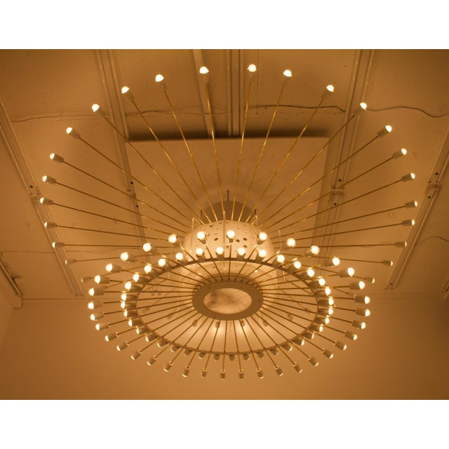 Spectacular Giant Sputnik Ceiling Lamp With 132 Bulbs in Brass, Lucite & Metal, 1950s For Sale - Image 9 of 13