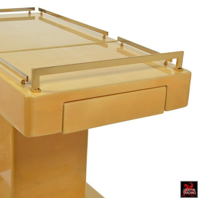 Aldo Tura Italian Cocktail Cart - Bar Cart in Lacquered Goatskin For Sale In Dallas - Image 6 of 12