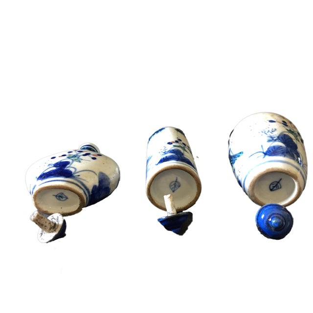 Blue & White Snuff Bottles S/3 For Sale In New York - Image 6 of 8