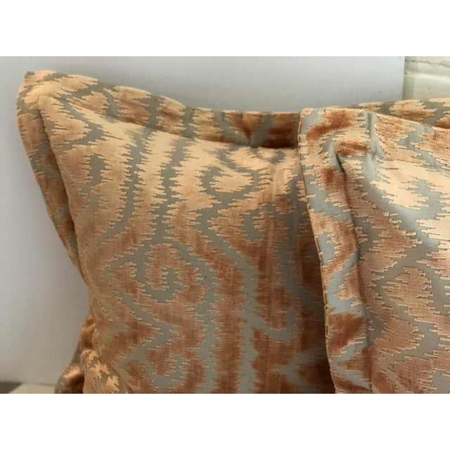 """Textile 24"""" Taupe and Blush Cut Velvet Pillows by Jim Thompson - a Pair For Sale - Image 7 of 10"""