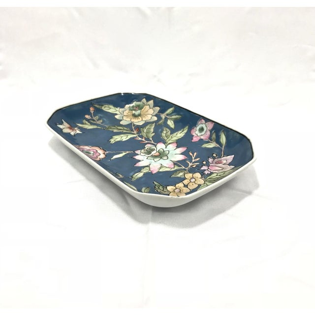 Asian Asian Hand-Painted Dish For Sale - Image 3 of 7