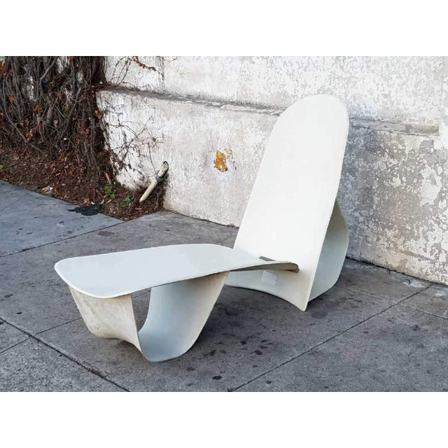 1971 Fiberglass Lounge Chair by Po Shun Leong Shown at Lacma For Sale - Image 4 of 6