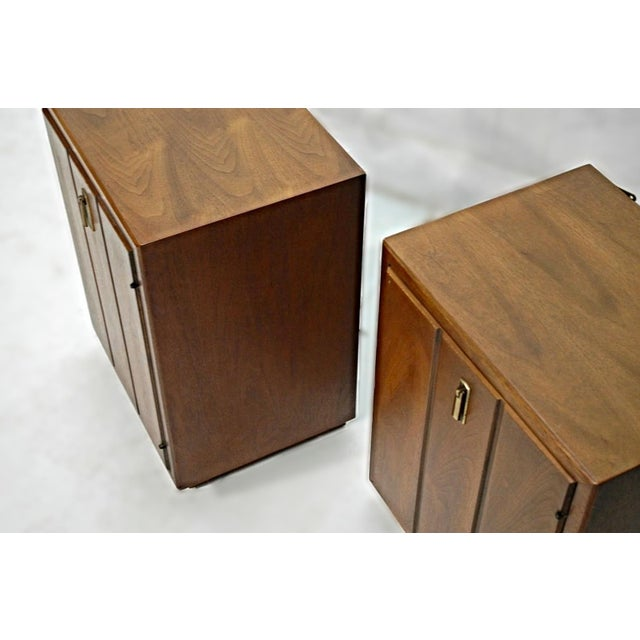 Brown Mid-Century Modern Walnut Nightstands - A Pair For Sale - Image 8 of 9