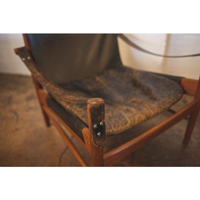 Hans Olsen Black Leather & Wood Safari Chair - Image 6 of 7