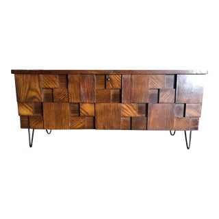 Mid Century Modern Brutalist Lane Cedar Chest W/Hairpin Legs For Sale