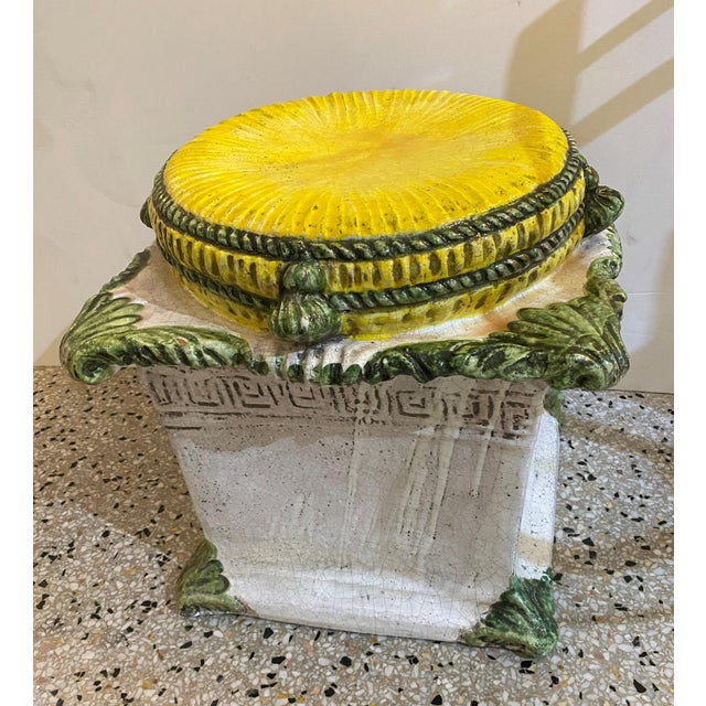This stylish and chic Italian garden seat was acquired from a Palm Beach estate and it dates to the 1920s-1930s. Note: We...