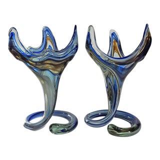 1960s Sooner Art Glass Coil Base Vases - a Pair For Sale