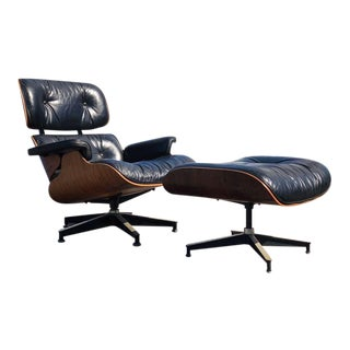 1970s Herman Miller Eames Lounge Chair and Ottoman 670/671 For Sale